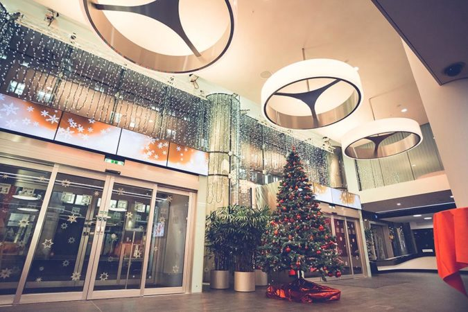 01_Weihnachtsdeko_Loft_cAndreas_Gruenwald