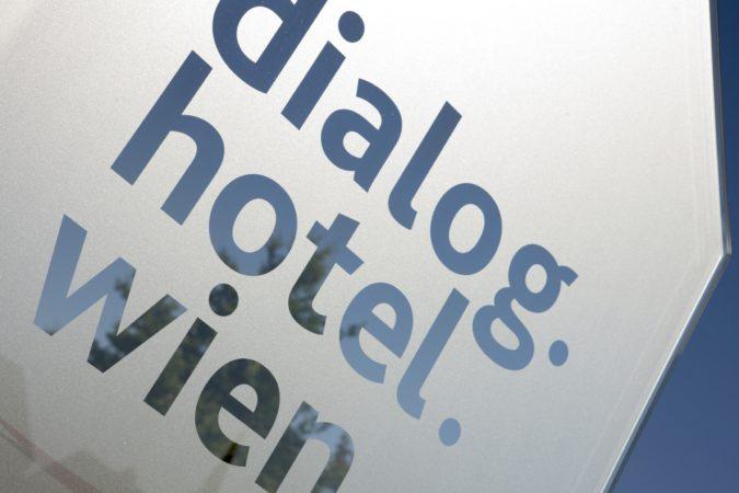 5Q0D6153_dialog_glas (1)_c