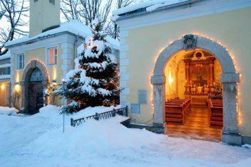 ARCOTEL -Kapelle im Winter