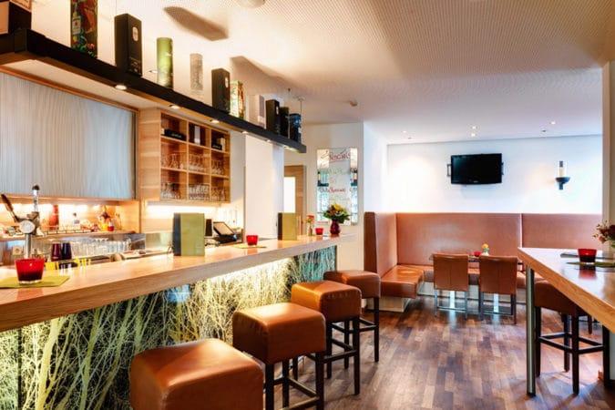 alphotel-bar