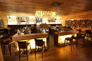 Alpine Palace - Lobby Woods