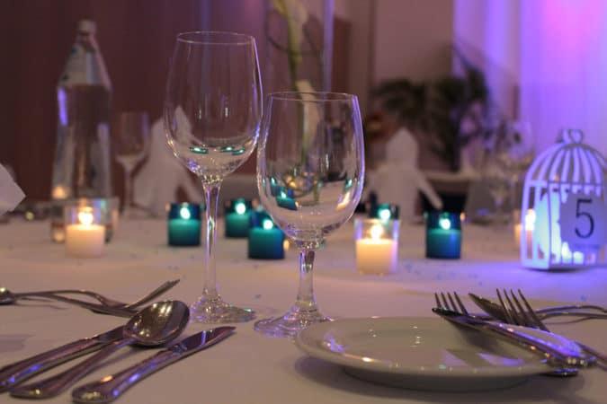 BRUNO gedeckter Tisch