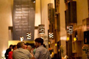 Bolena Weinbar Abendstimmung