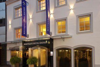 Boutique Hotel Hauser_fassade nachts