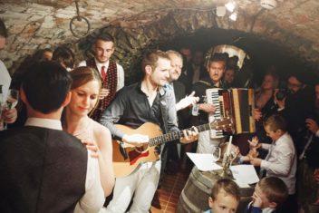 Bruecklwirt - Band (c) jblematl