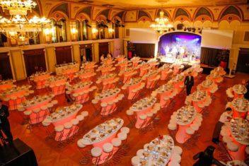 Casino Baden FS Stehpulte oben