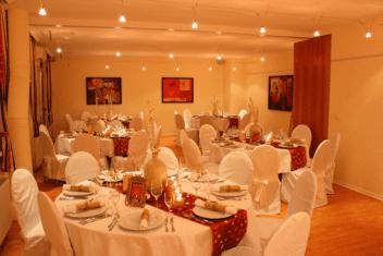 Das Chadim - gedeckte Tische Gala
