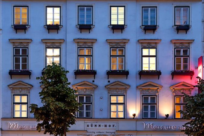 Grand Hotel Bidermeier Außenansicht