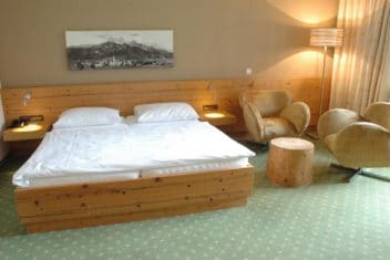 Gut Brandlhof – Doppelzimmer Medium Alpin