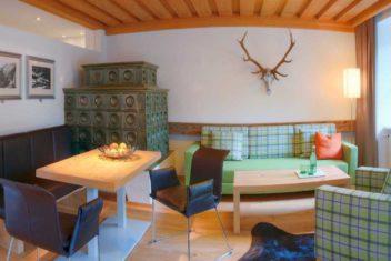 Gut Brandlhof Suite Wohnecke