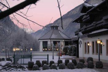 Gut Brandlhof Terrasse_Winter