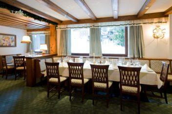 Hotel Sonnenburg Tisch