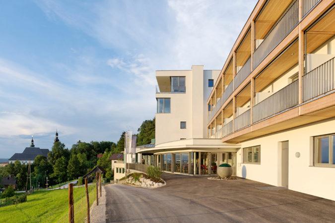 Hotel Spes Auffahrt © Walter Ebenhofer