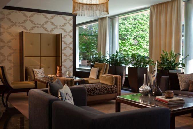 Imperial Renaissance Hotel_Club_Lounge_social zones