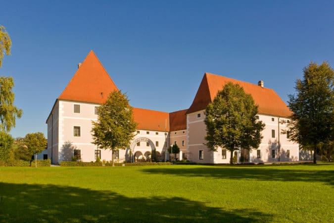 Schloss Hotel Zeilern - Aussenansicht Schloss