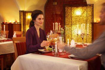 Schloss Hotel Zeilern - Essen im Restaurant