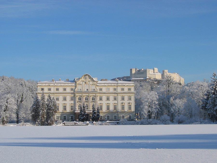 Schloss Leopolskron Außenansicht Winter