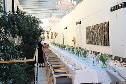 Villa Seilern_Großes Tisch