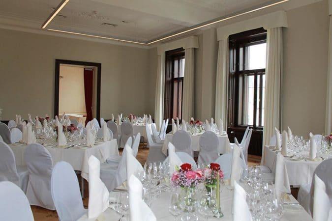 Villa Seilern_Speisesaal-Fenster