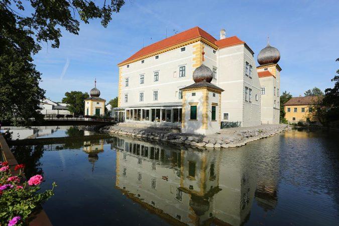 Wasserschloss Kottingbrunn_Außenansicht