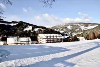 Aussen_Winter_wenig_Schnee