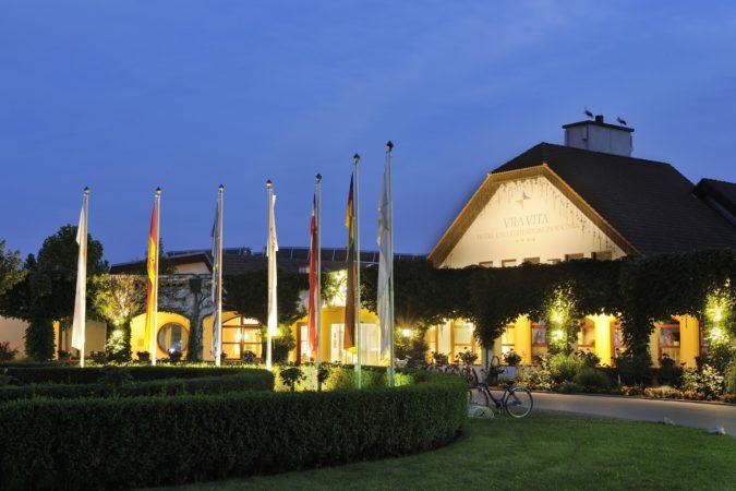 Das Foto ist ausschlie§lich fŸr PR- und Marketingma§nahmen der VILA VITA Hotel & Touristik GmbH - Anneliese Pohl Allee 17 - D-35037 Marburg  zu verwenden. Jegliche Nutzung Dritter muss mit dem Bildautor GŸnter Standl (www.guenterstandl.de) - (Tel.: 004917