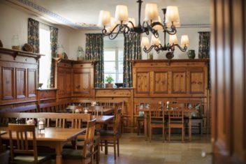 (c) HaraldEisenberger_Hofwirt_Restaurant&Weinkeller11