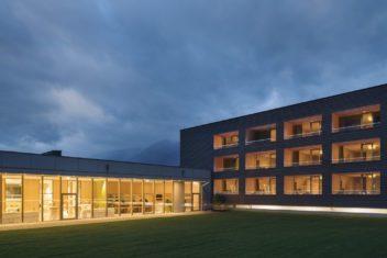 Gartengebäude Nachtansicht (c) Florian Scherl
