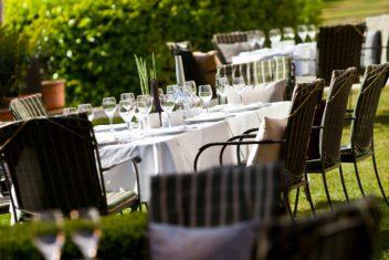 Imperial Renaissance Hotel_City Garden (1)