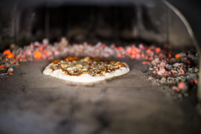 refugium_hochstrass_pizzabacken