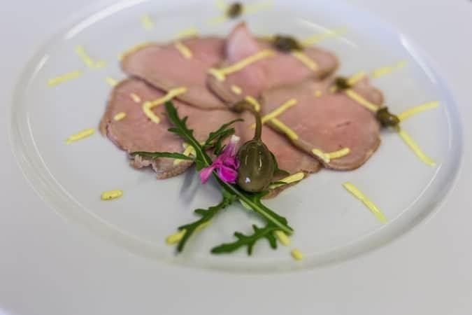 Restaurant_zurHube_rind