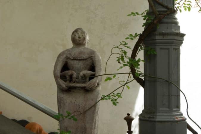 schlossaichberg_skulptur_yvonne_oswald