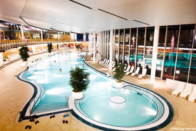 spa_resort_therme_geinberg_innenbecken