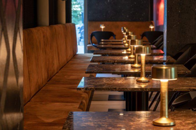 Steakrestaurant-Innsbruck-Woodfire-Bar-Seite-Lounge